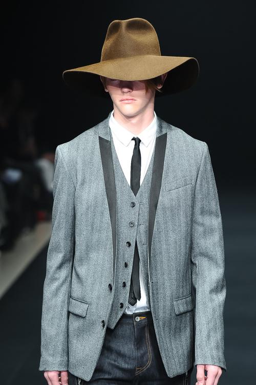 FW15 Tokyo ato006_Robbie McKinnon(Fashion Press)