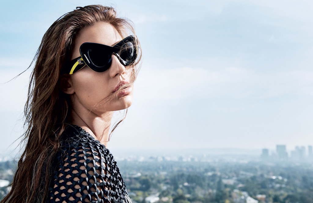 Адель Экзаркопулос — Фотосессия для «Vogue» RU 2016 – 2