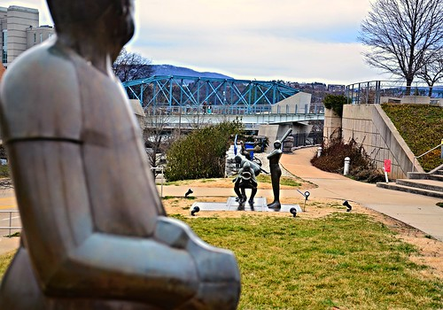 blue sculpture green chattanooga bronze spring flickr tn baseball tennessee skybridge walnutstreetbridge springtraining bluffviewartdistrict baseballseason