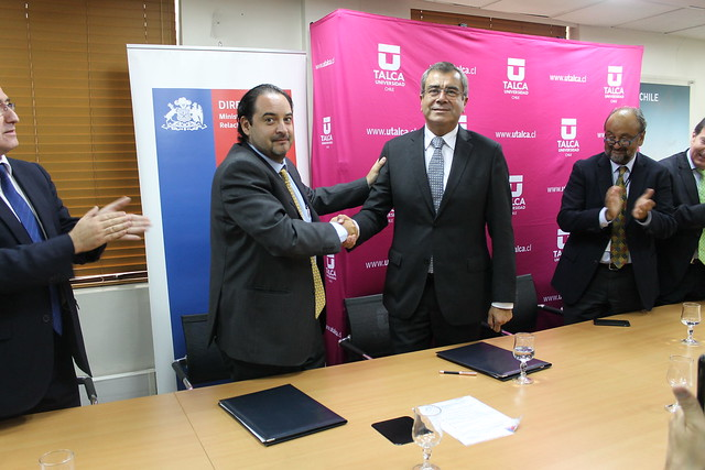 Universidad de Talca firma convenio bilateral co  Instituto Tecnológico de Santo Domingo, República Dominicana.