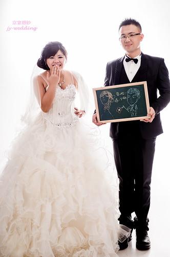 高雄婚紗推薦_高雄京宴婚紗_如何依身型挑選適合的婚紗禮服_矮+胖