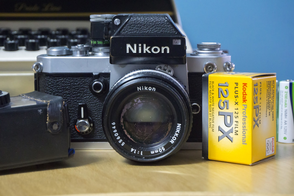 CCR - Review 5 - Nikon F2 Photomic