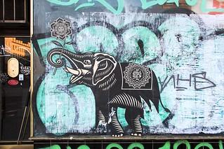 Shepard_Fairey_Obey_Elephant_Streetart_Berlin_Close