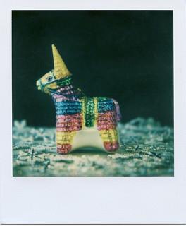 Gen2 - Piñata -Color