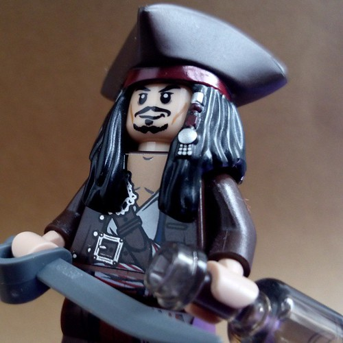 Captain Jack Sparrow LEGO PiratesOfTheCaribbean POTC Pirates Captain JackSparrow BlackPearl Photography LEGOPhotography MinifigurePhotography MinifigPhotography ToyPhotography Minifigure Minifig Toy Toys AFOL