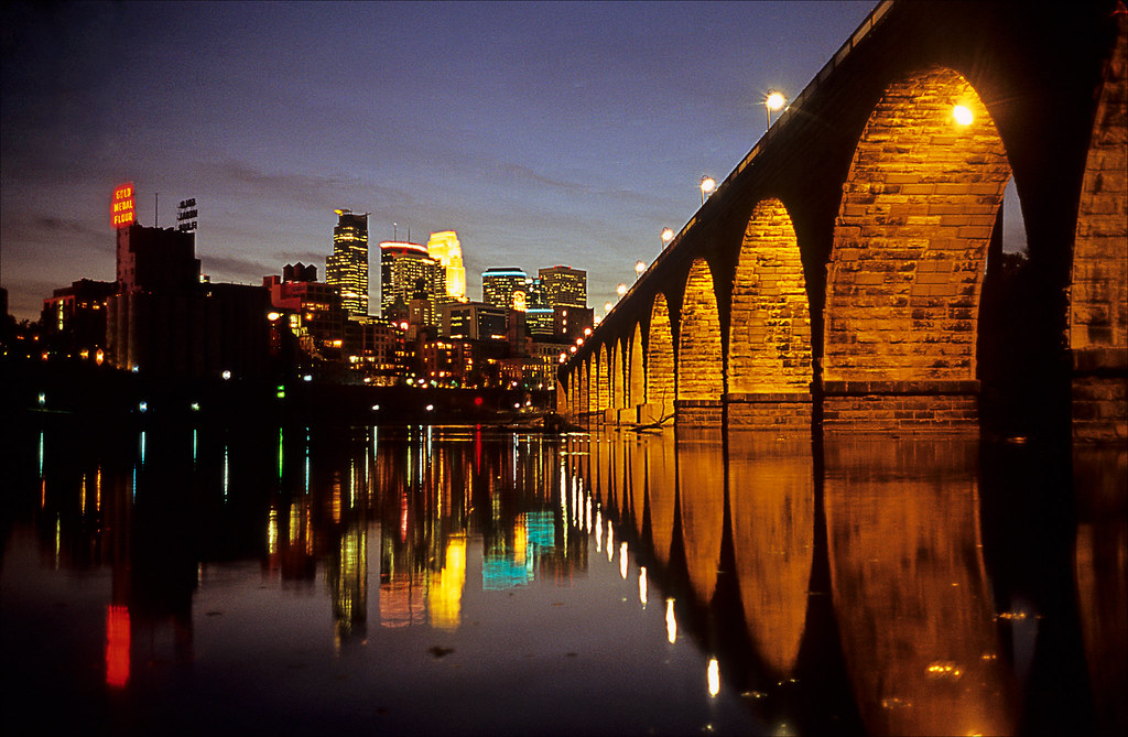 minneapolis nightscape
