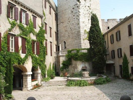 castello-di-duino7