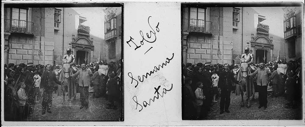 Procesión de Semana Santa en Toledo hacia 1915. Fotografía de H.B. © Fototeca de Instituto del Patrimonio Cultural de España (IPCE), signatura HB-0041_P