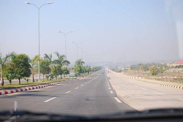 D4.1 Naypyidaw. Big. Empty