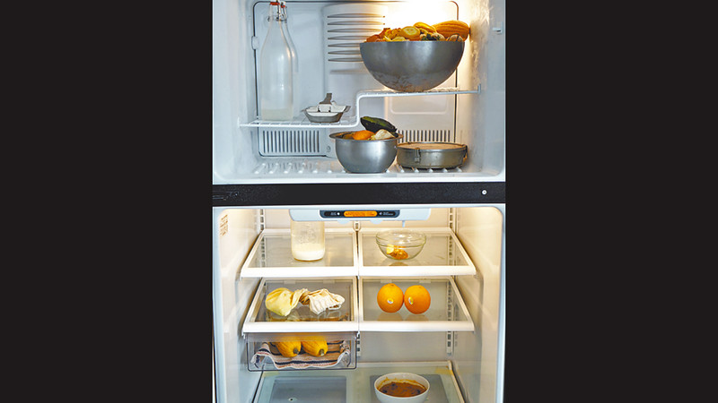 Lauren總是害怕浪費食物,我笑指她的雪櫃給人有一種孤單的感覺,不用保鮮紙,讓食材赤裸裸地在冰天雪地裏。圖片來源:果籽