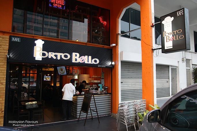 porto-bello-cafe-damansara-utama-panna-cotta-with-berries-mint-sauce