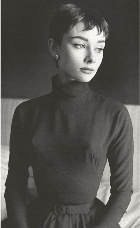 Hepburn32