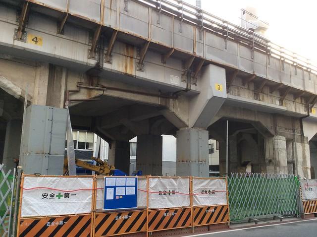 浅草橋駅高架下建築 (6)