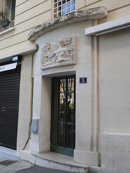 ( rue de la prison