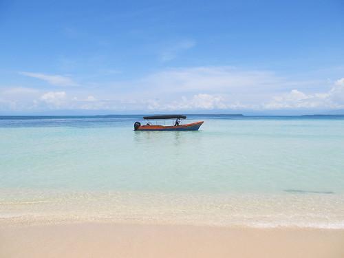Cayo Zapatilla 2: notre bateau et notre chauffeur
