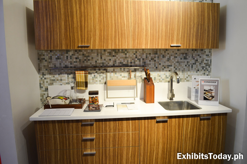 Modular Kitchen Cabinet Display