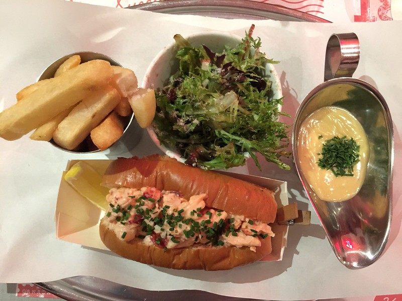 Pince & Pints - Lobster Roll