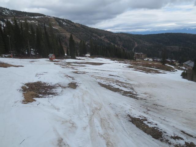 Dirt slalom