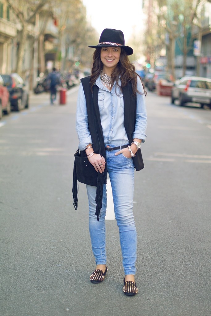 Cómo combinar dos prendas vaqueras en tu look