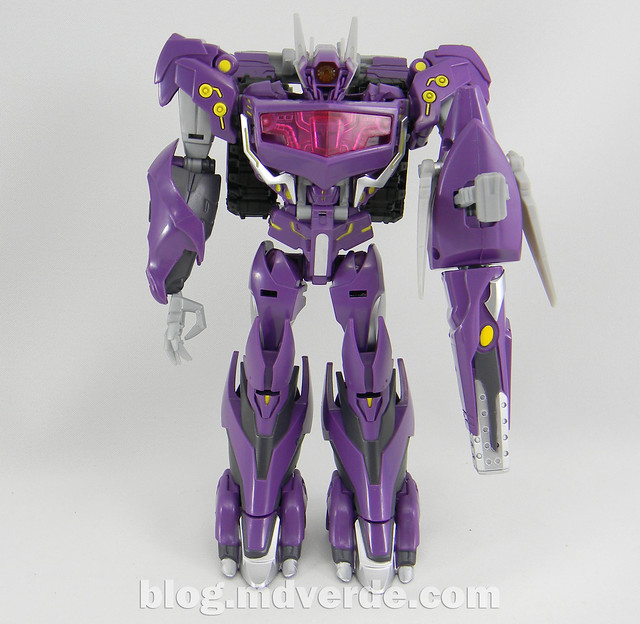 Transformers Shockwave Voyager - Generations SDCC Exclusive (Shockwave's Lab) - modo robot