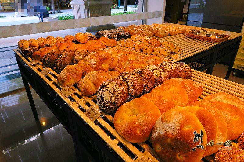 三峽大雅路美食|麵包歌-北大店~ 北大烘培坊聚集區