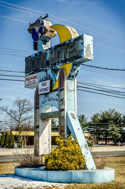 Abandoned Moon Motel - Vintage Neon Sign - XXI