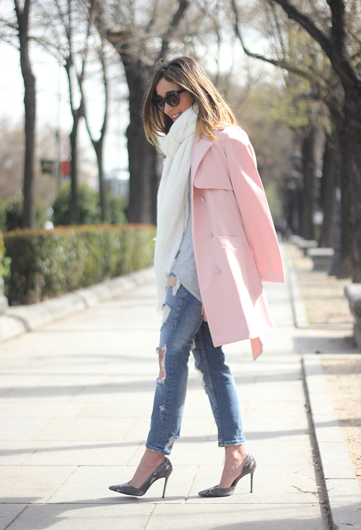 Pink trench & Ripped Jeans19