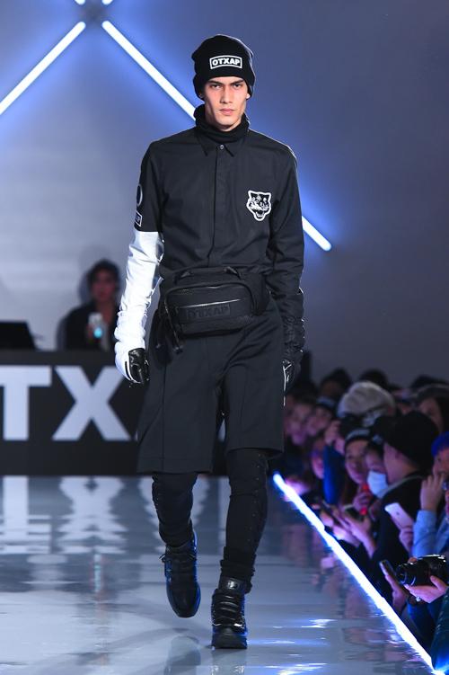 FW15 Tokyo Onitsuka Tiger × ANDREA POMPILIO016(Fashion Press)