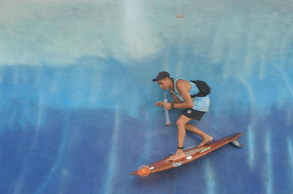 14. surfing photospot