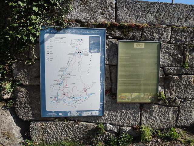 Panel de Inicio Tras os Pasos do río Barbeira - Ruta da Liberdade