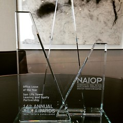 Very pleased to announce that Menkes won the Office Lease of the Year award at the 14th Toronto NAIOP #RexAwards! #LifeStoreys