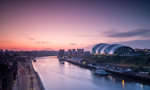 sunrise newcastle dawn tynebridge milleniumbridge rivertyne thesage tyneandwear