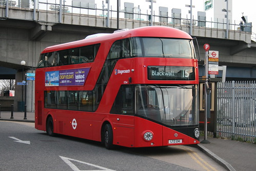 Stagecoach London LT241 on Route 15, Blackwall