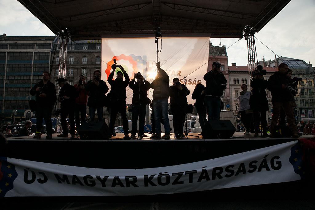 Kormányellenes tüntetés március 15-én