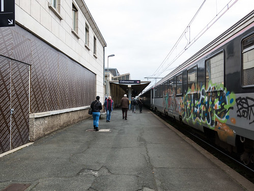 At the railway station Ch?¢teauroux