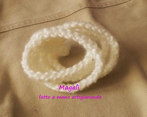 bracciale bianco a spighetta 5