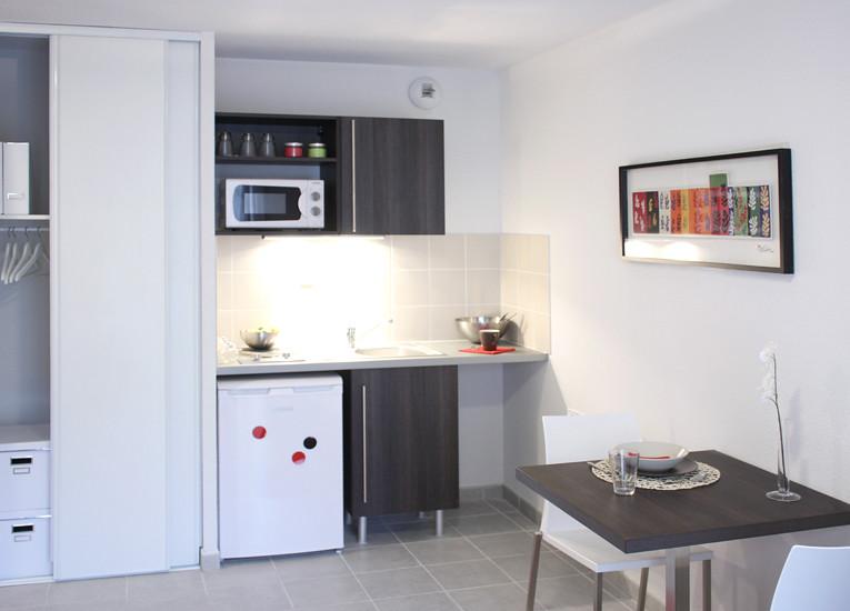 boulevard desaix. Black Bedroom Furniture Sets. Home Design Ideas