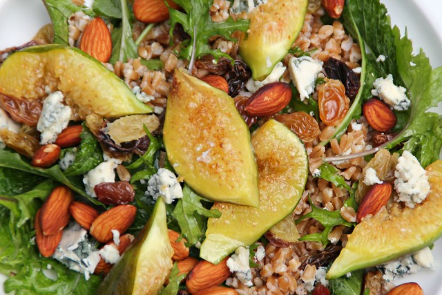 Autumnal Farro, Fig & Blue Cheese Salad 1