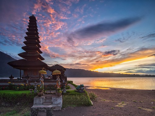 bali lake nature sunrise indonesia landscape temple countryside outdoor waterscape bratan ulundanu