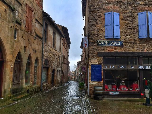 Calle de Cordes-sur-ciel (Tarn, Francia)