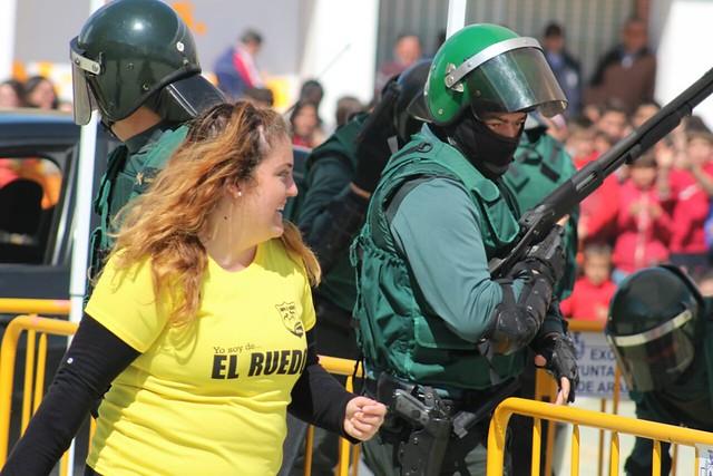 """AionSur 16734075709_1cdb66b214_z_d """"Mamá quiero ser guardia civil"""" Educación"""