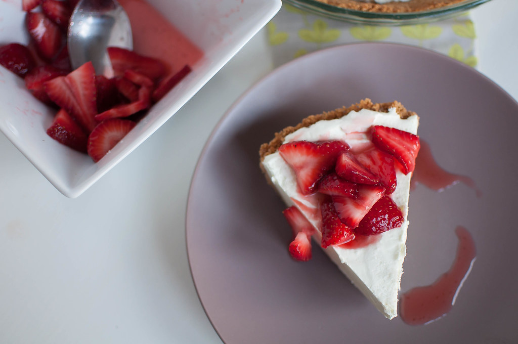 Lime Yogurt Pie 8