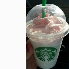 Finally got my #Starbucks #Birthday #drink so yum!