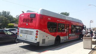 LACMTA Metro Rapid NFI XN40 #5855
