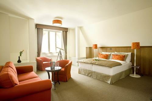 Dvoudenní pobyt pro 2 osoby v Hotelu Kašperk v termínu od 1. 3. do 30. 6. 2015 s 43% slevou