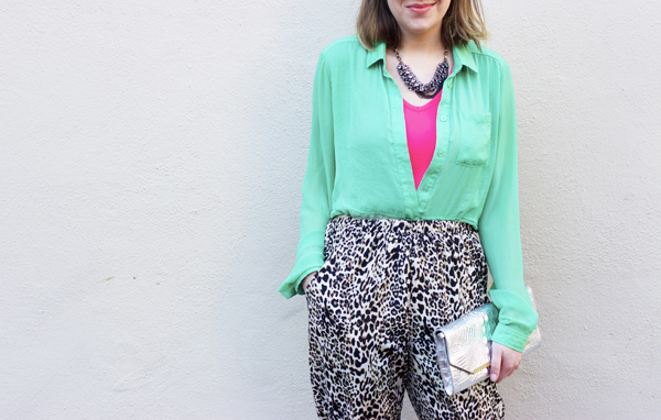 Spring layers, how to wear neon, how to wear leopard print pants