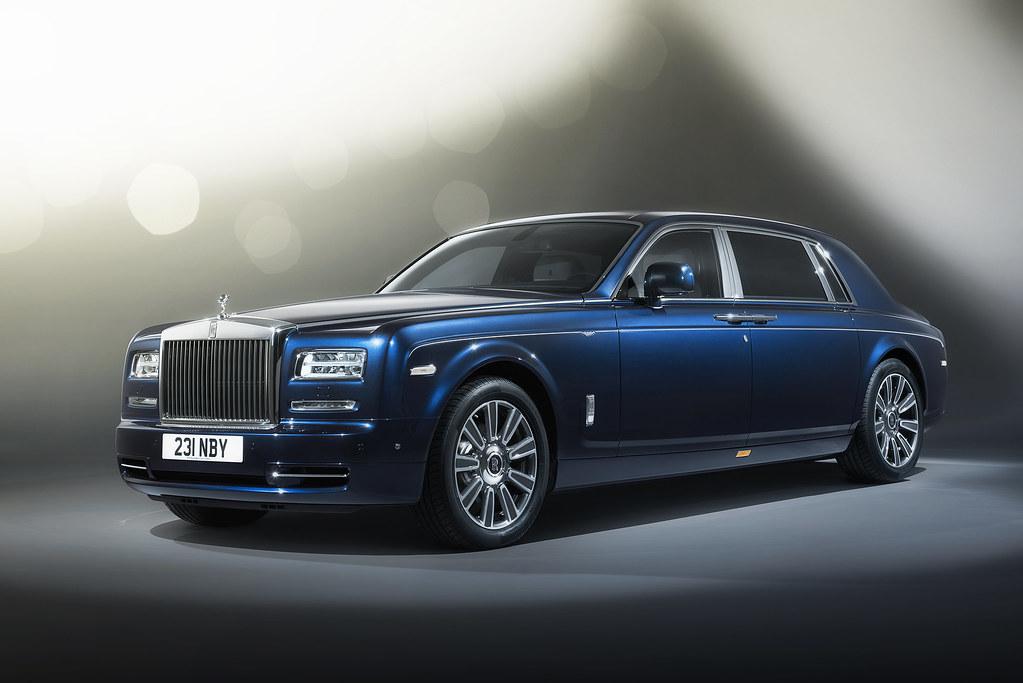 Rolls-Royce shares the Limelight with Phantom customers