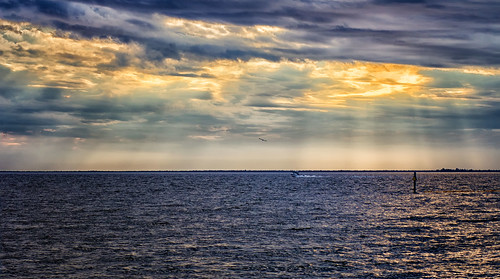 sky sun sunlight seascape water beautiful clouds photoshop canon reflections landscape bay harbor scenery waves photographer gulf florida charlotte horizon puntagorda fl rays beams lightroom waterscape poncedeleon pgi historicalpark charlotteharbor charlottecounty colorefexpro 60d canoneos60d puntagordaisles stevefrazierphotography googlenickcollection
