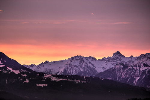 panorama mountain mountains alps berg sunrise österreich panoramic berge grosses gebirge vorarlberg zimba graubünden schnitzler bergpanorama walsertal übersaxen