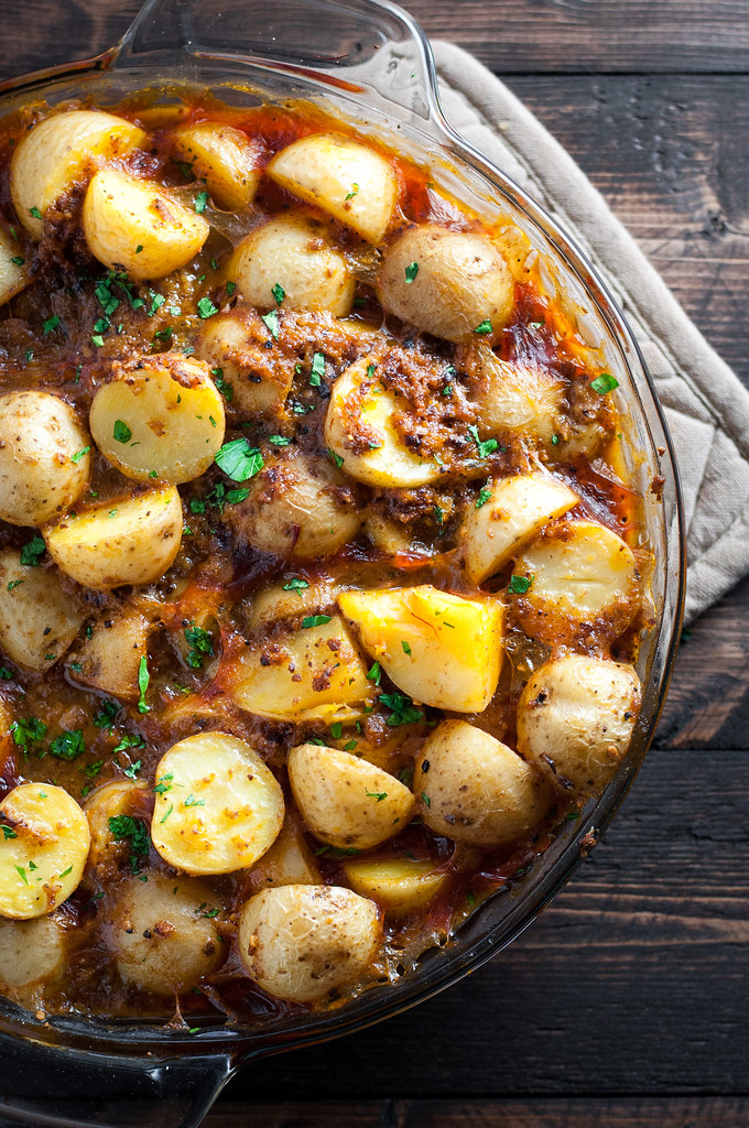 Hearty vegan Spanish potatoes recipe